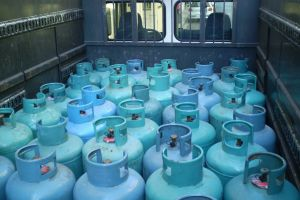 Gas LPG φιάλες υγραερίου προπανίου Charcoal Briquettes Karvouna Margaritakis